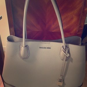 Michael Kors *Mercer large pebbled* Leather Bag